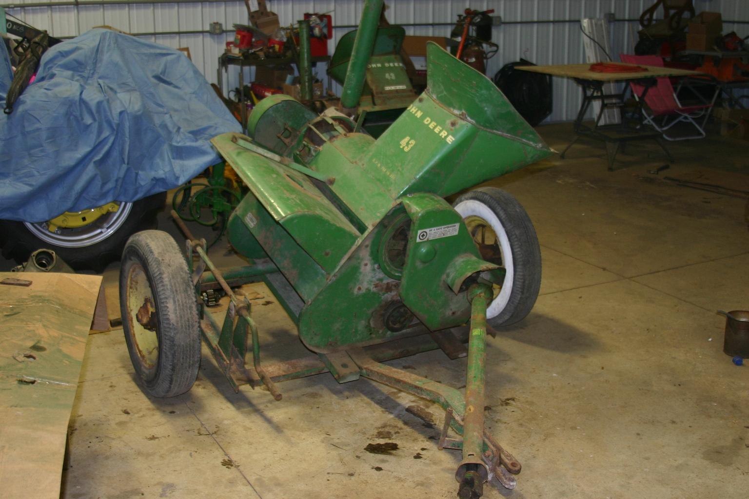 John Deere #43 Corn Sheller